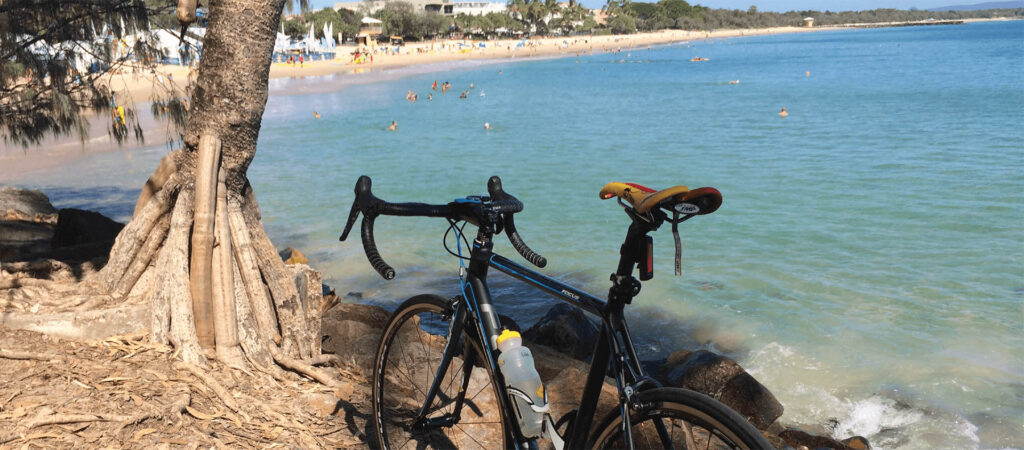 Bicycle in front of Noosa Main Beach on the Sunshine Coast